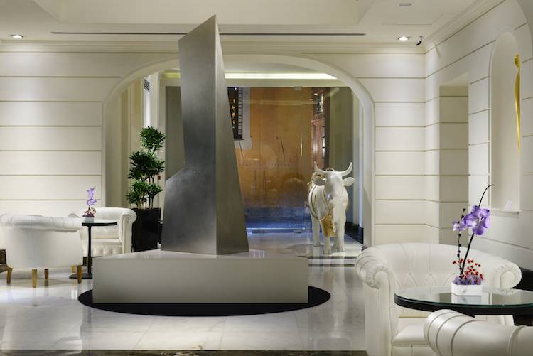 The first luxury art hotel roma italian allure travel for Design hotel rom