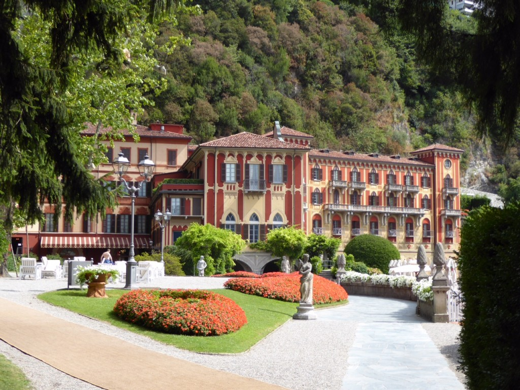 Villa d 39 este luxury hotel in lake como italian allure for Villa d este como ristorante
