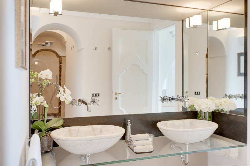 Villa Ferida - Praiano (Amber Suite double basin)