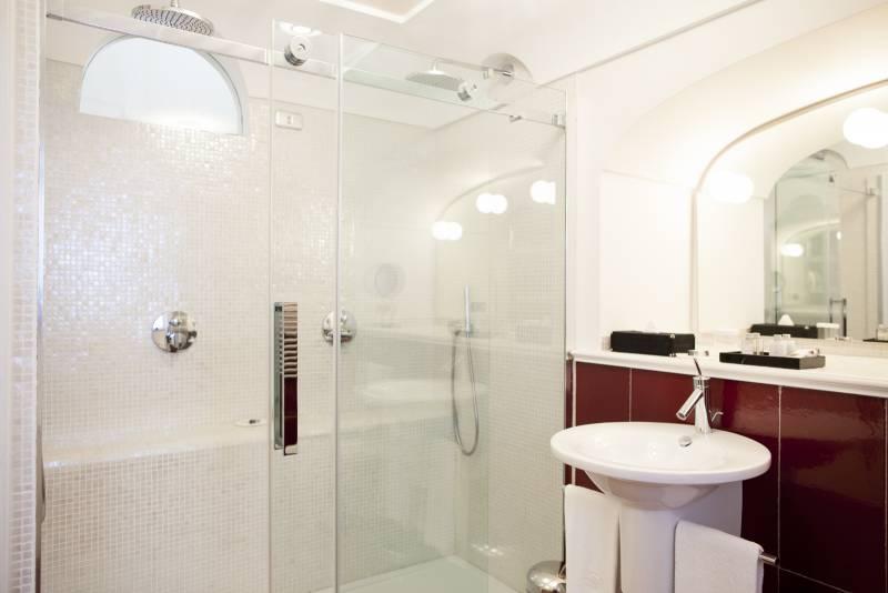 Villa Ferida - Praiano (Ruby Suite bathroom)