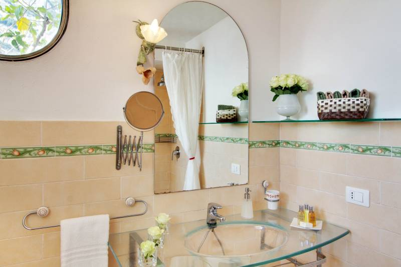 Capri bathroom