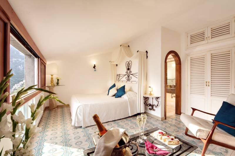 Li Galli bedroom