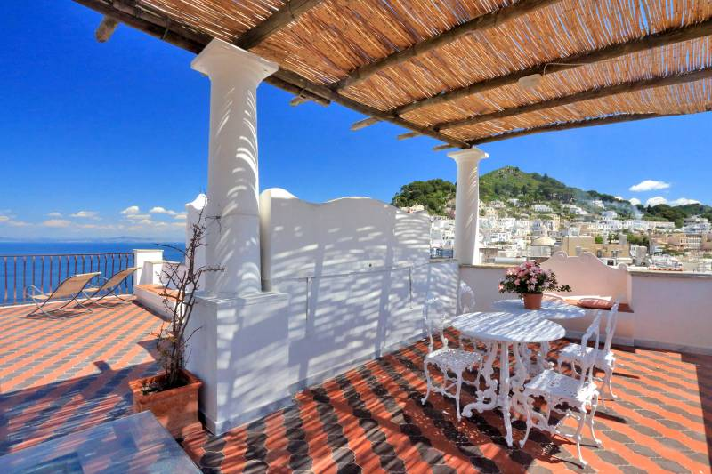 Villa L'Oleandro - Capri entertaining area