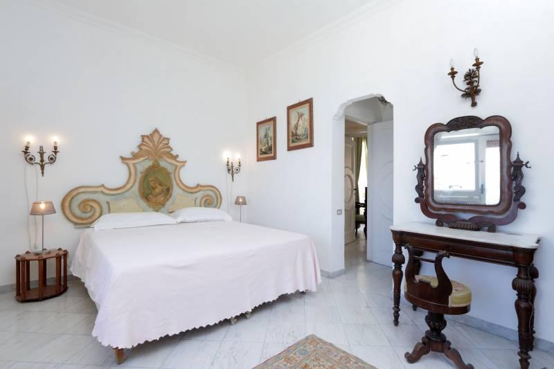 Villa L'Oleandro - Capri simple elegance