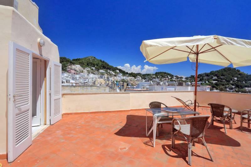 Villa L'Oleandro - Capri terrace with a view