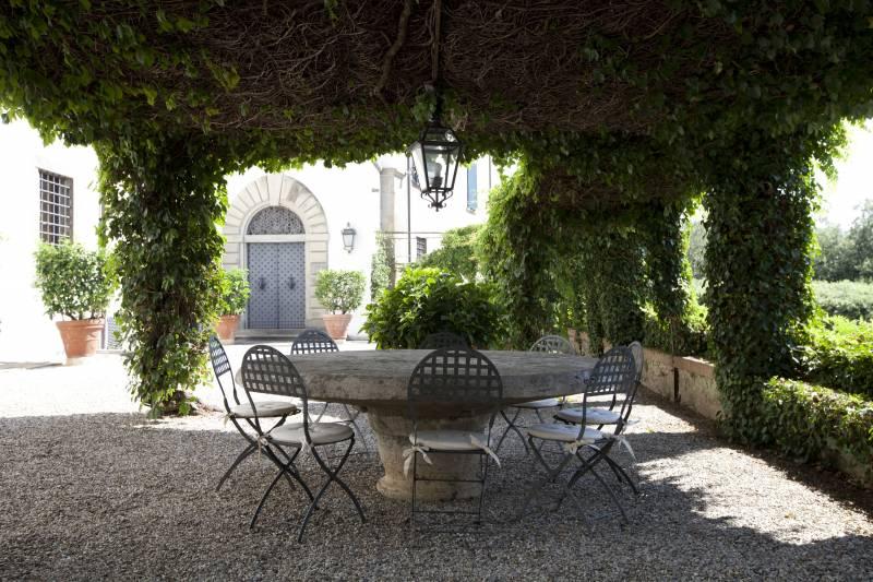Villa Medicea alfresco