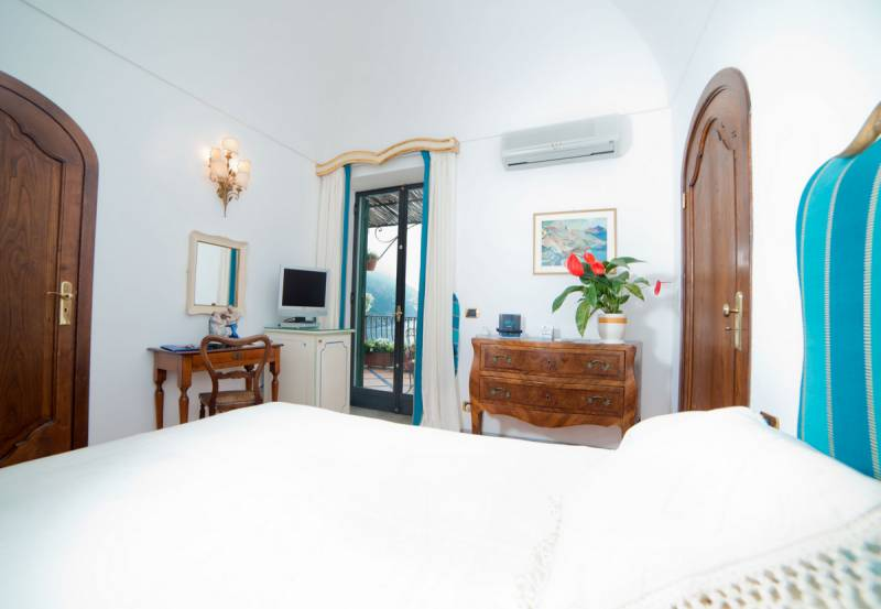 Hotel Miramare Positano - Elegant rooms with terrace