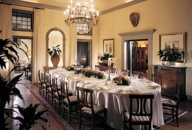 Enjoy Private Dining at the Villa