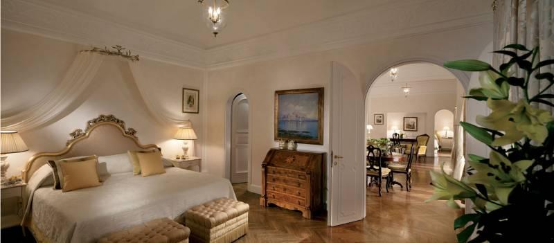302-Presidential-Suite_Bedroom