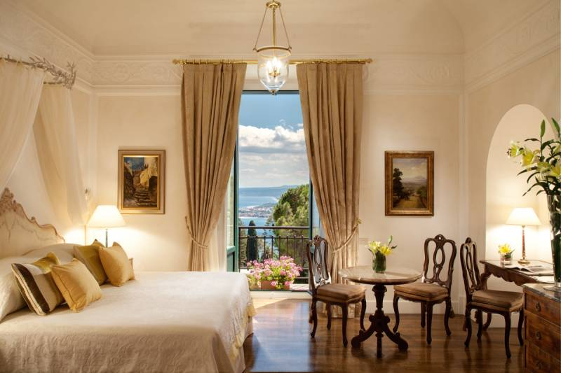 A Deluxe Junior Suite with Sea view and balcony