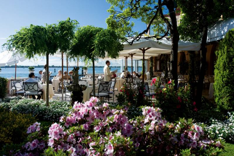 The terrace of the Fortuny Restaurant with its wonderful view on the open lagoon