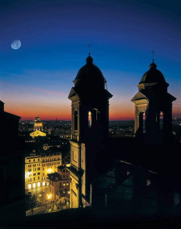 Hotel Roma Trinit Ef Bf Bd Dei Monti