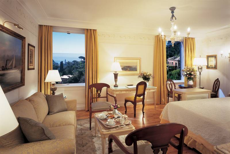 A Junior Suite Superior recently restructured with sea view at Hotel Splendido