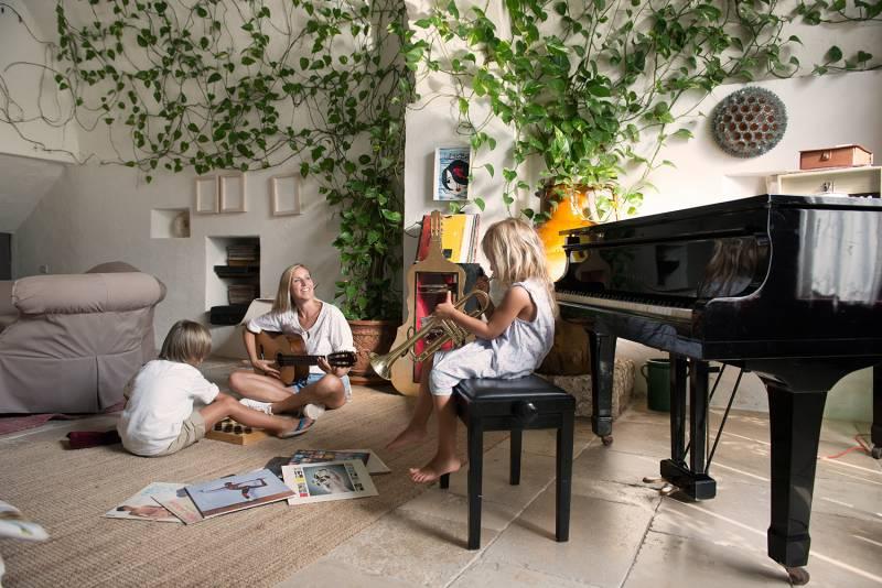 Music Room at Coccaro