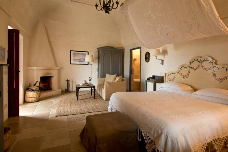 Junior Suite with a fireplace