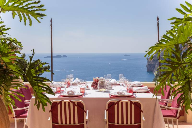 Dining with a view directly over Positano