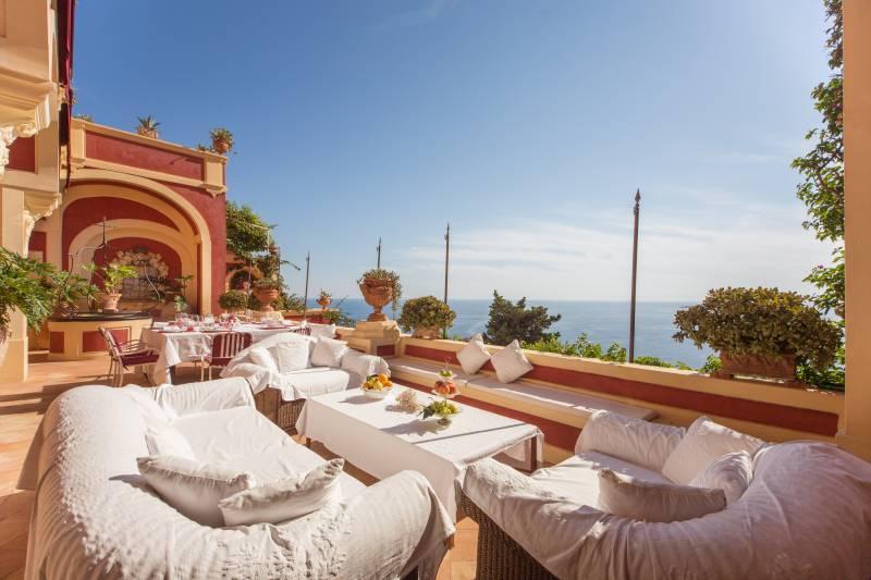 Relax overlooking Positano