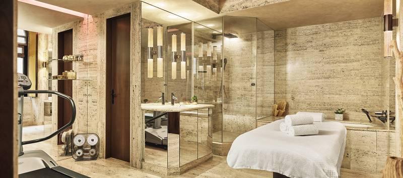 Park-Hyatt-Milan-Ambassador-Suite-214-Bathroom