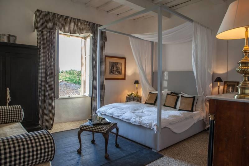 Elegant-bedrooms-