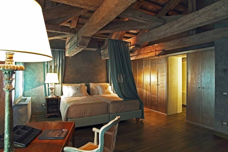 Giada Bedroom