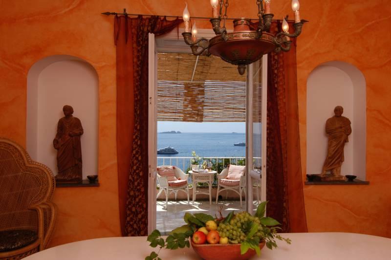 Villa Nuvolari Dining Room