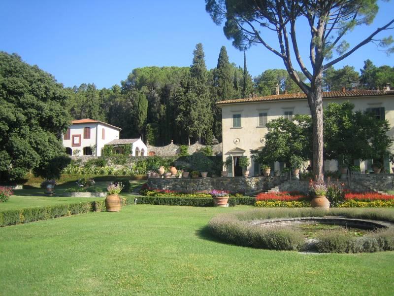 Villa Left wing