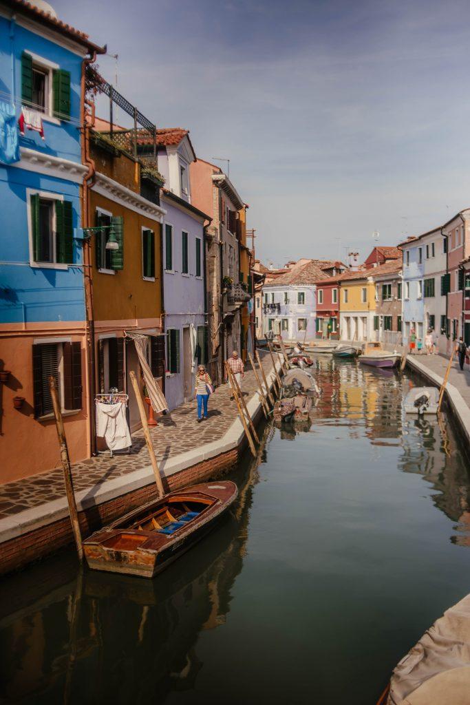 Private boat tours to Burano island in Venice