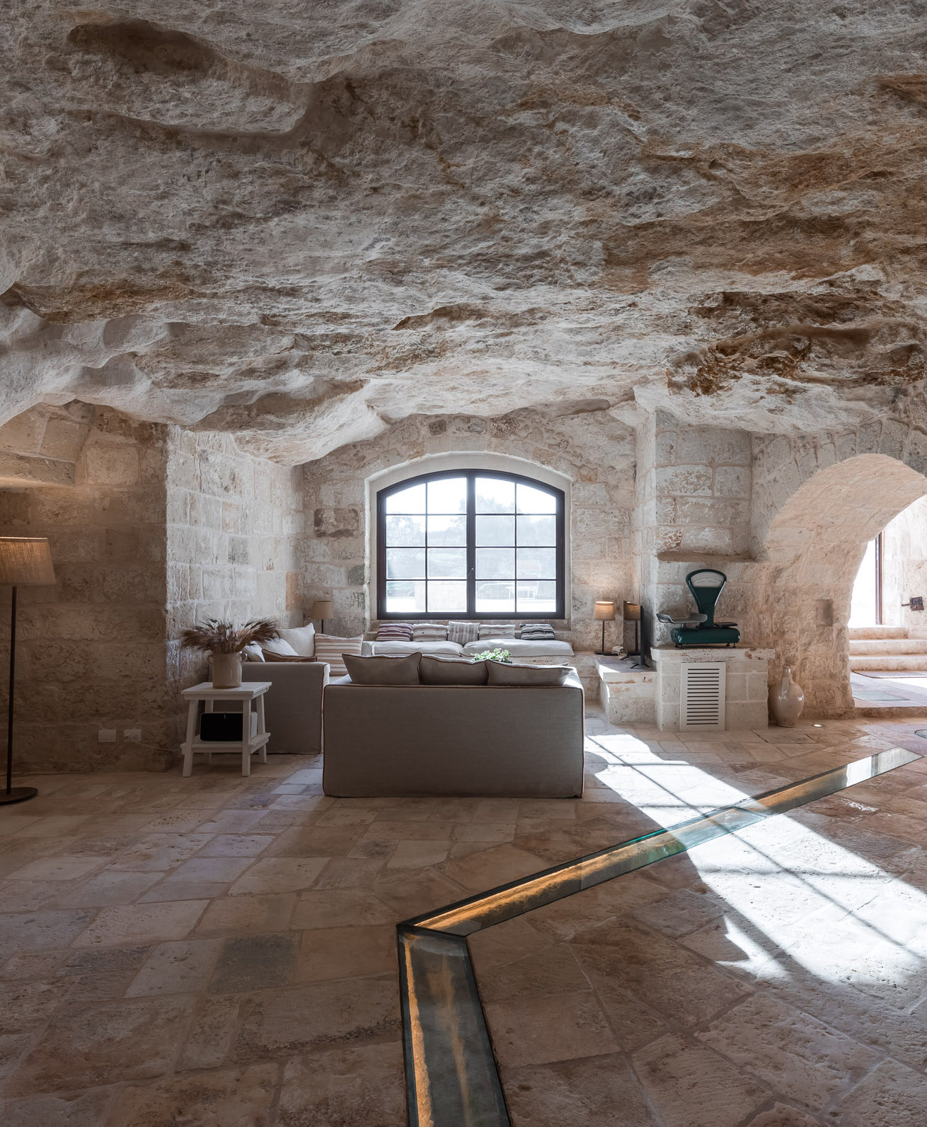 Luxury Grotto and apartments in Puglia