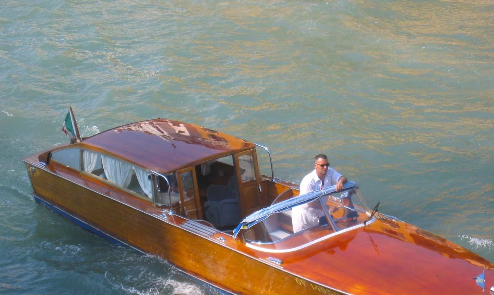 venice italy speed boats - photo#19